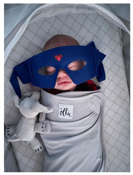 Tony Berg_Isla_Superhero (2).jpg
