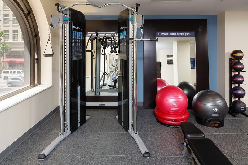 65-Fitness Center-Hampton Dallas.jpg