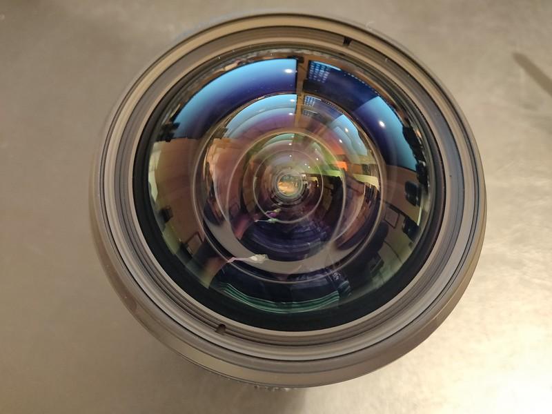 Canon TS-E 17mm 4L Tilt-Shift - Serial UZ0700 006.jpg