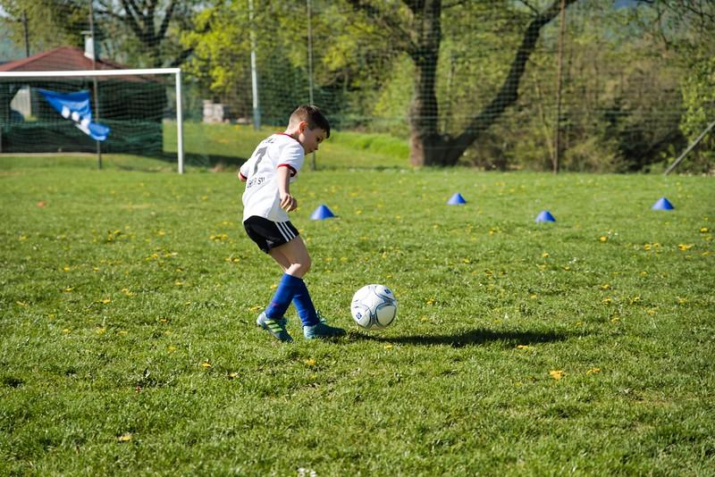 hsv-fussballschule---wochendendcamp-hannm-am-22-und-23042019-u29_46814453275_o.jpg