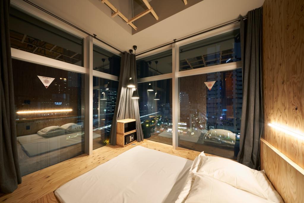 Book and Bed Tokyo Shinjuku - image © Booking.com