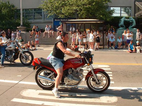 Pride Parade 2001-24.jpg