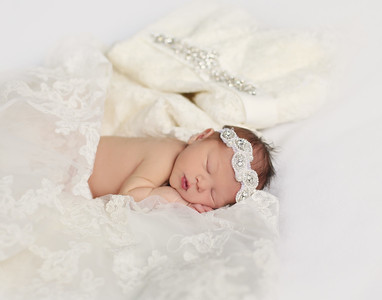 Sienna's Newborn Session