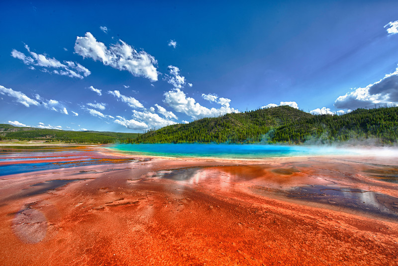 The Grand Prismatic Pool ground view.jpg