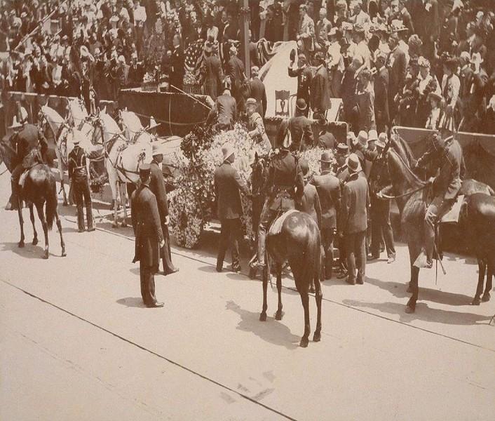 1890--1901-PresindetMcKinleyatLosAngeles.jpg