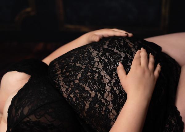 Maternity: Kourtney