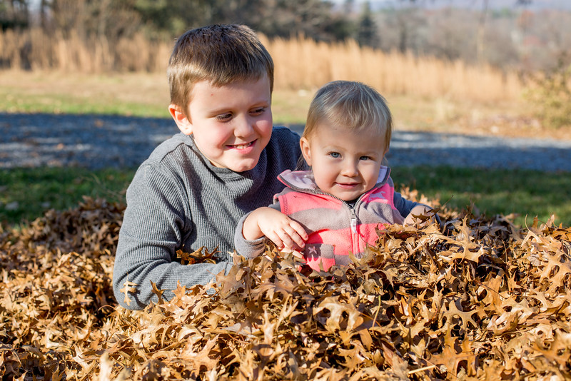 Kylie and Levi_Margo Reed Photo_ 20161119-13.jpg