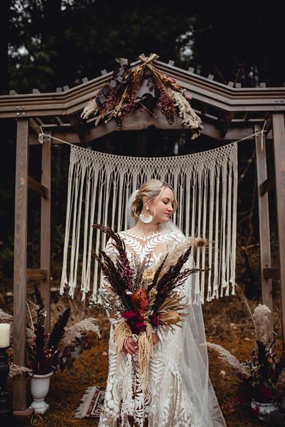 Requiem Images - Luxury Boho Winter Mountain Intimate Wedding - Seven Springs - Laurel Highlands - Blake Holly -1177.jpg