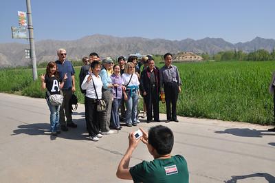 """Dinosaurs Along The Silk Road"" -- Sinofossa 2009 9: Liujiaxia Dinosaur Geopark"