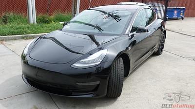Tesla Model 3 - Solid Black 2