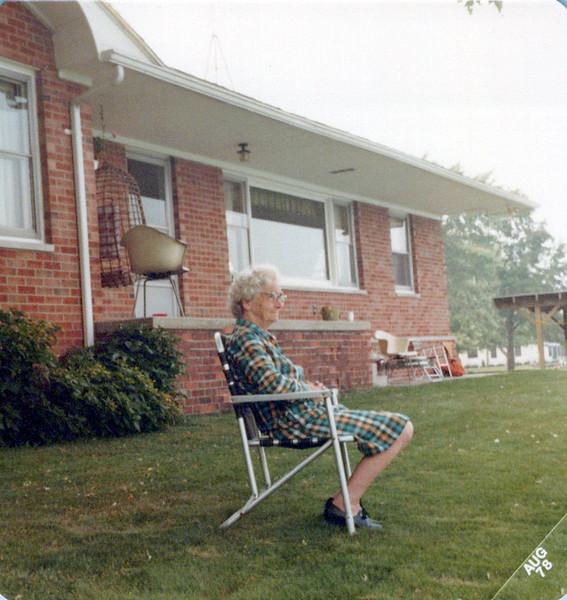 Nellie Mudge in  front yard in Marine City.jpeg