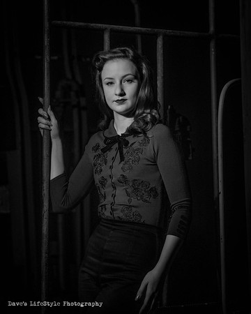Emily Hatter-noir