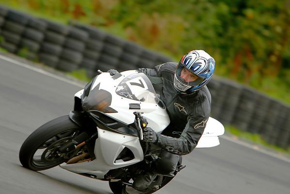 #7 - White Black GSXR