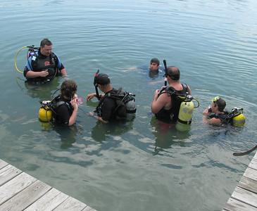 Chris and Shann Diving Class May 2008