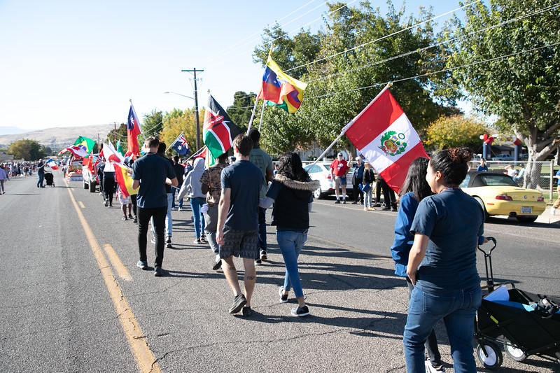 HOMECOMING PARADE 2019-2177.jpg