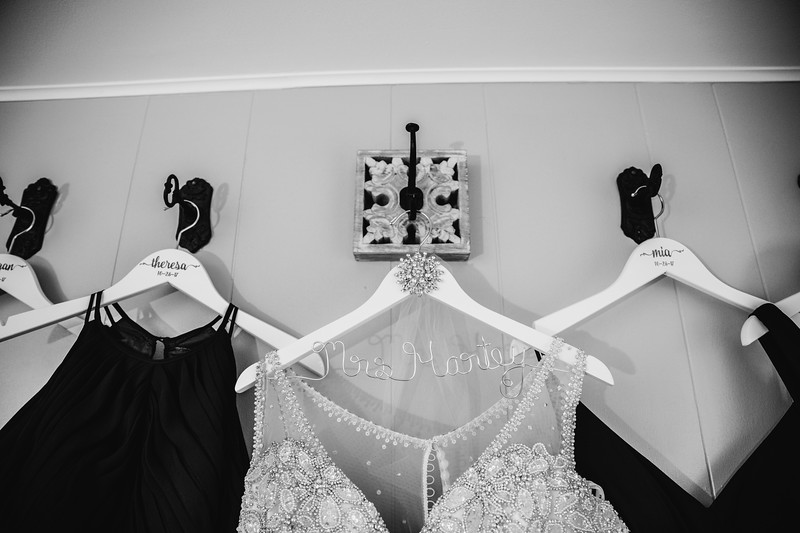 Chelsea and Ryans Wedding Day- 002.jpg