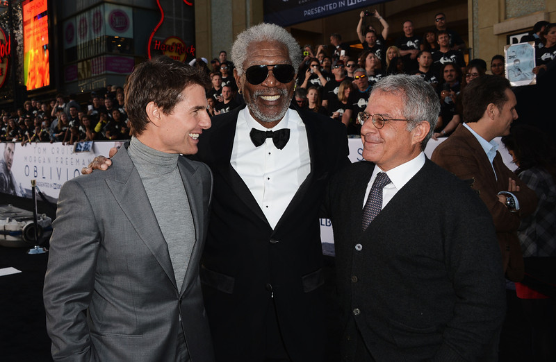 """. Actors Tom Cruise, Morgan Freeman and Universal Studios President Ron Meyer arrive at the premiere of Universal Pictures\' \""""Oblivion\"""" at Dolby Theatre on April 10, 2013 in Hollywood, California.  (Photo by Kevin Winter/Getty Images)"""