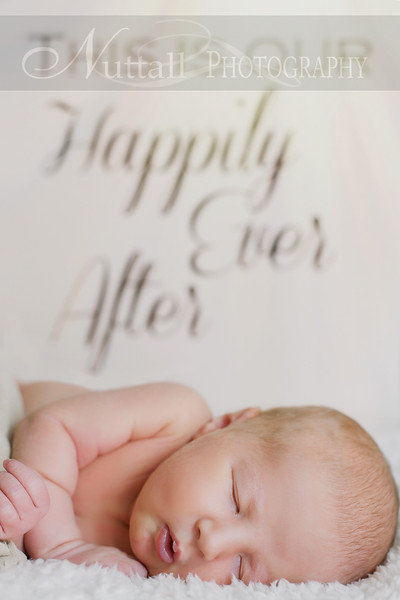 Natalie Newborn 35.jpg