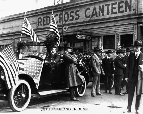""". Oakland, CA September 17, 1919 - President Wilson stops at the Red Cross Canteen. (E. A. \""""Doc\"""" Rogers / Oakland Tribune Staff Archives)"""