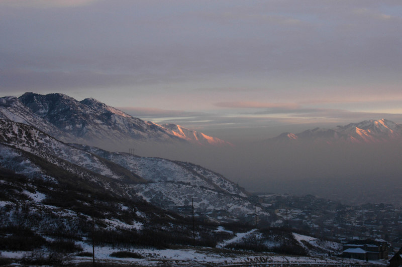 1/30/07 – We have a small cold front coming in tonight. It should help get rid of the smog trapped by the temperature inversion we've lived with most of January. I drove a few minutes from our home, up on the mountain to get above the smog for this shot just before sunset.