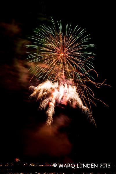 Newport Dunes Fireworks 07042013-079.jpg
