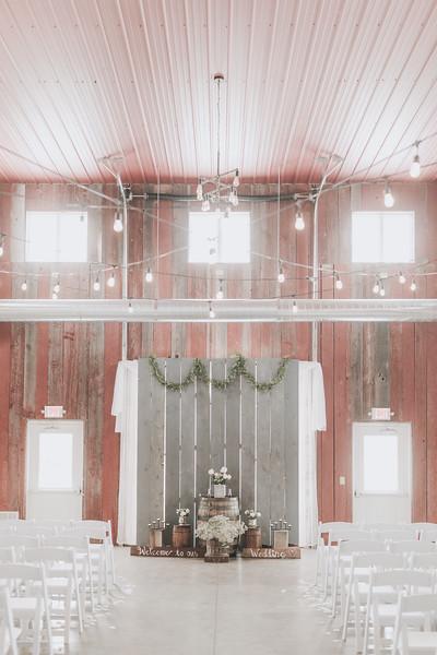 Logan_Sarah_Wedding_Rock_Ridge_Orchard_LLC_Edgar_Wisconsin_November_10_2018-20.jpg