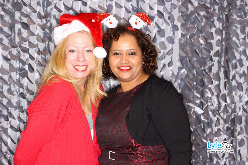 red-hawk-2017-holiday-party-beltsville-maryland-sheraton-photo-booth-0031.jpg