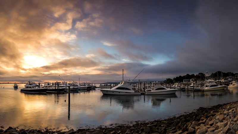 plymouth_sunrise_foggy_pano_1.jpg