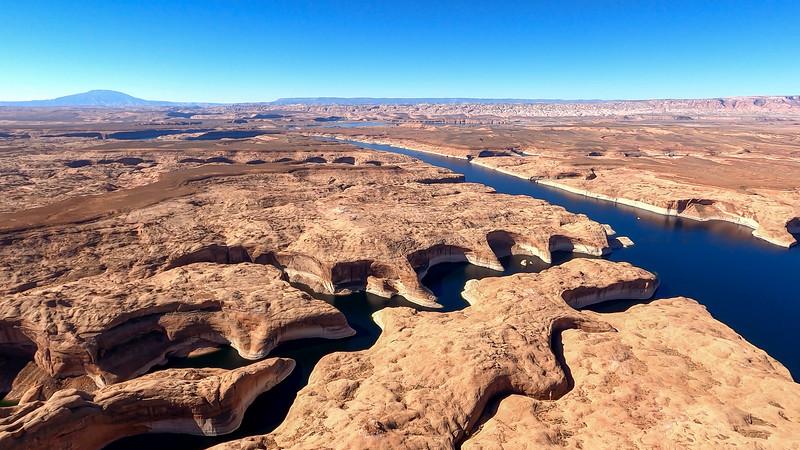 colorado-river-lake-powell-lighthawk-gopro8-card1-35.jpg