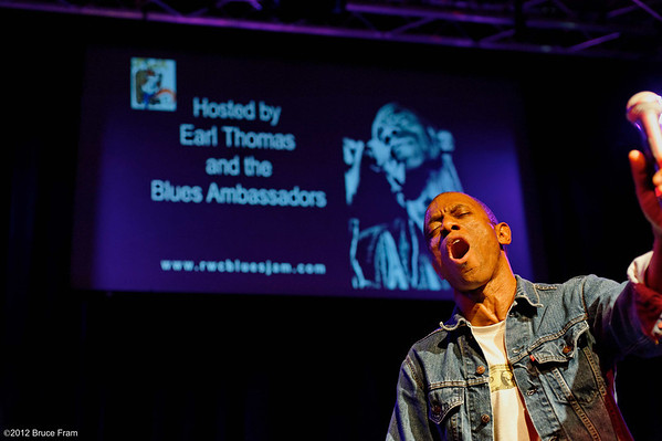Earl Thomas at Club Fox Blues Jam