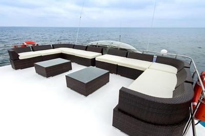 02-large-sail-catamaran-nemo-i-sun-deck