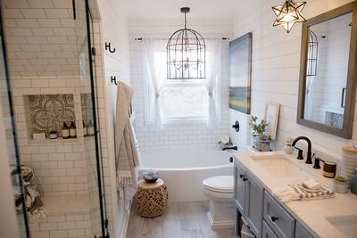 Hickory Hill Court Bath Renos