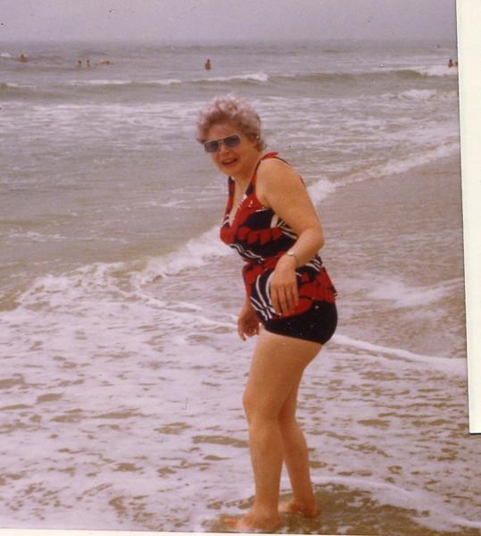 Grandma112.jpg