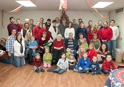 Clyde and Christine Ryherd Family Christmas