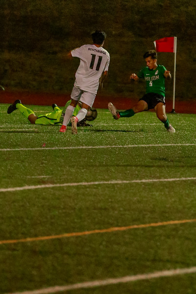 Wilson-mens-soccer-v-southridge-2019-EdmundDevereaux-164.jpg