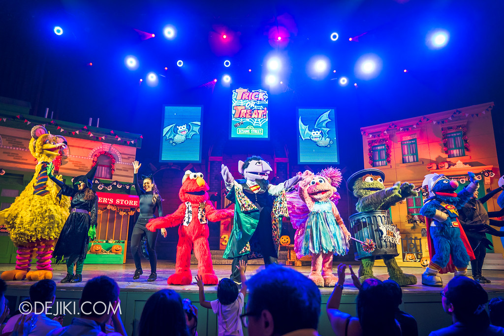 Halloween Horror Nights 7 Before Dark 2 Preview Update / New Show at Pantages Hollywood Theatre - Trick or Treat with Sesame Street - Finale