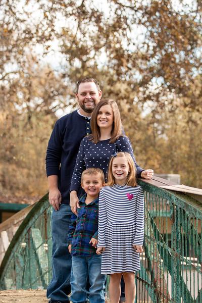Christmas Lawless Family-3174.jpg