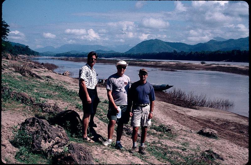 LaosCanada1_023.jpg