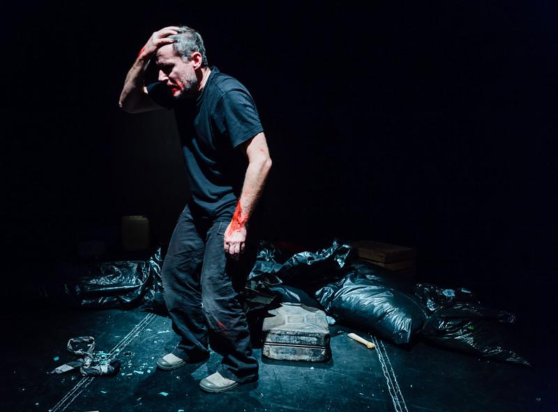 36_Macbeth - Divadlo Kontra - Greg Goodale-.jpg