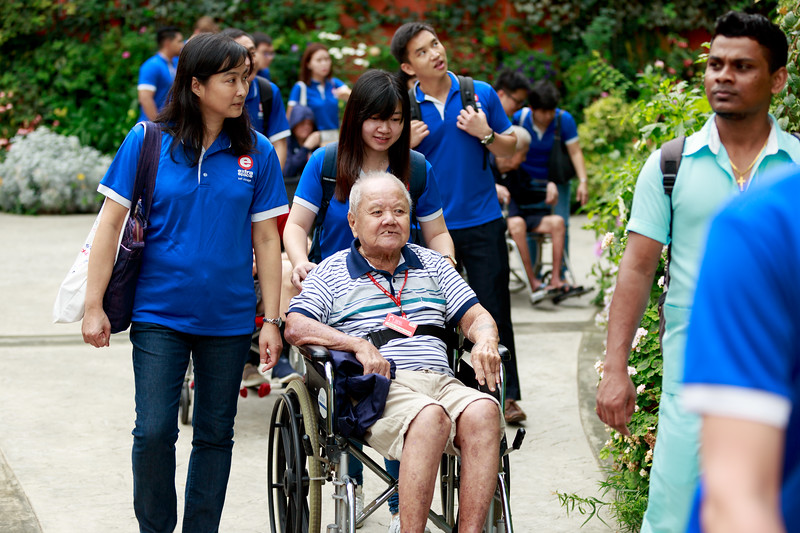 VividSnaps-Extra-Space-Volunteer-Session-with-the-Elderly-041.jpg