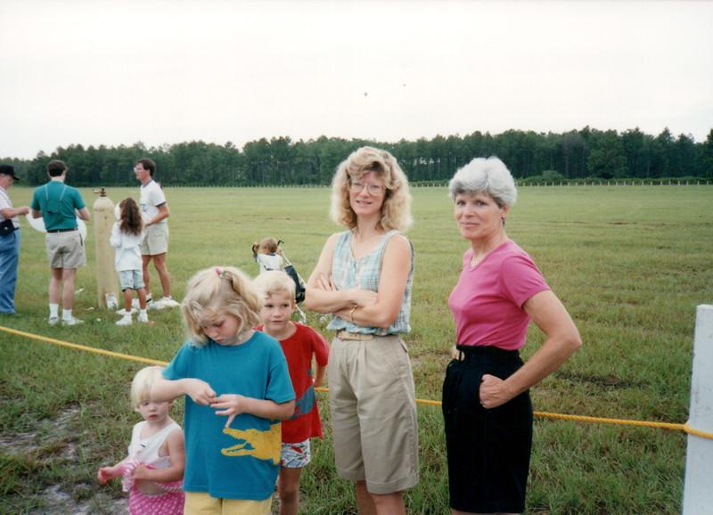1989_Summer_Kiawah Pirates Cove Balloons_0017_a.jpg