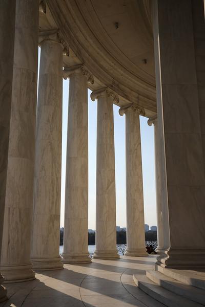 Exploring the Jefferson Memorial