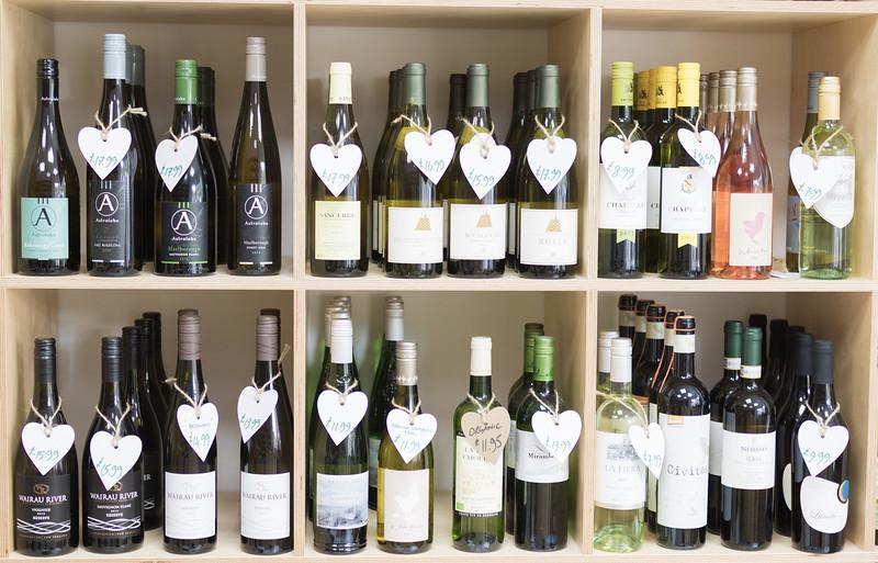 love-wine-shop-8571_26679387383_o.jpg