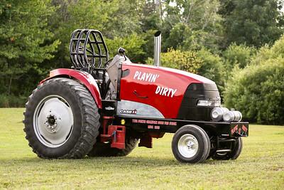 Dville Tractor Pulls