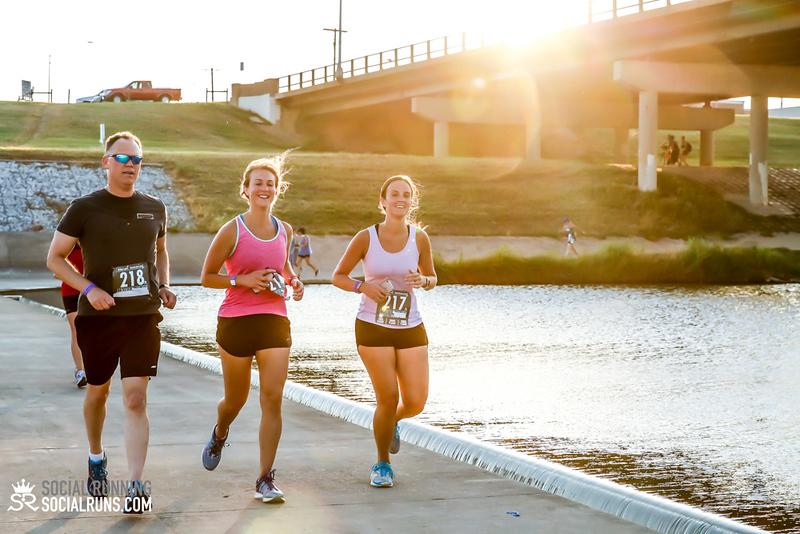 National Run Day 18-Social Running DFW-2621.jpg