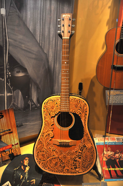 Martin Guitar Factory Tour & Museum