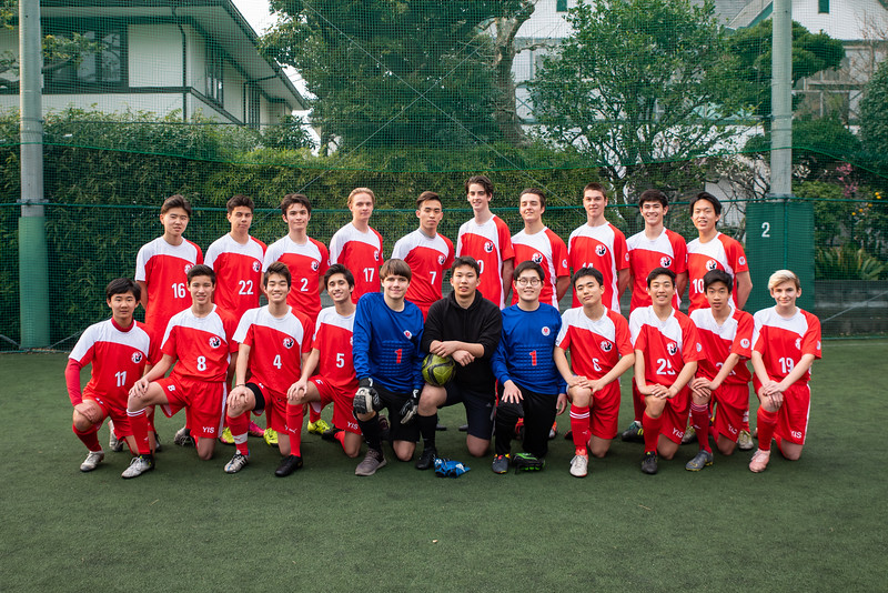 Spring Athletics-Varsity Boys Soccer Team Photo-ELP_8812-2018-19.jpg