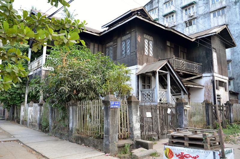 DSC_5097-old-teak-house.JPG