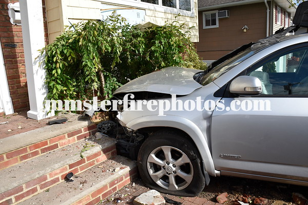 BETHPAGE FD CAR VS HOUSE ADAMS AVE