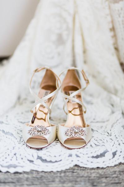 LINDSAY AND NIK - TYLER ARBORETUM WEDDING-6.jpg